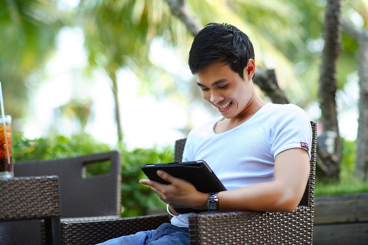 Mobile Arbeitsgeräte und ein Internetanschluss sind wesentliche Voraussetzungen für digitales Unternehmertum.